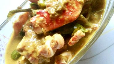 Njandu Mappas (Crab Curry in Coconut Milk)