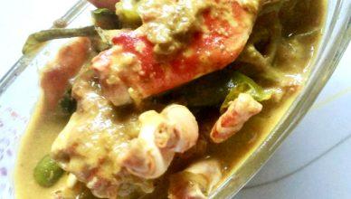 Njandu Mappas (Crab Curry in Coconut Milk)